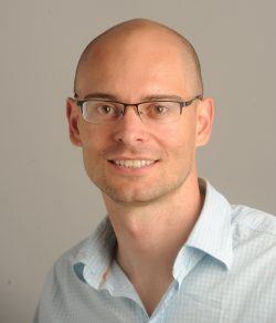 Preferred Networksのテクニカルアドバイザーに UCバークレーのピーター・アビール教授が就任
